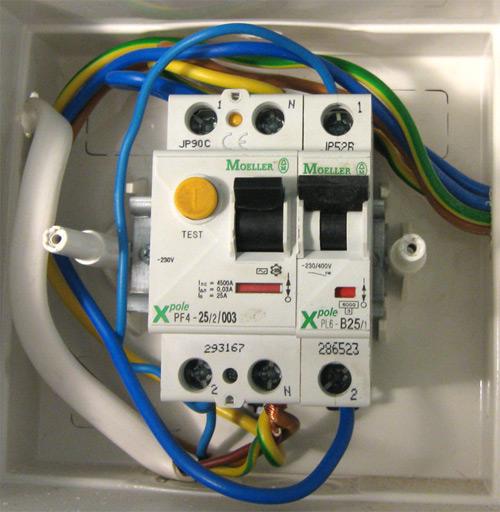 Подключение бойлера к электрической сети.