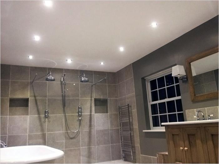 Как расположить светильники в ванной комнате